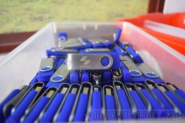 KTX-001-trang-xanh-3-1493263448.jpg