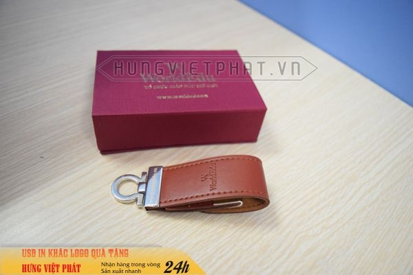 UDV-001---USB-Da-Nau-dap-logo-cong-ty-lam-qua-tang-khach-hang-1-1474519279.jpg