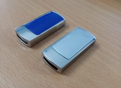 UKV-006---USB-Kim-Loai-5-1433488319.jpg