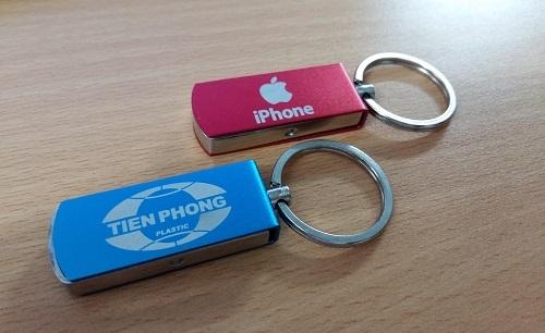 UKV-008-USB-Kim-Loai-2-1433498834.jpg