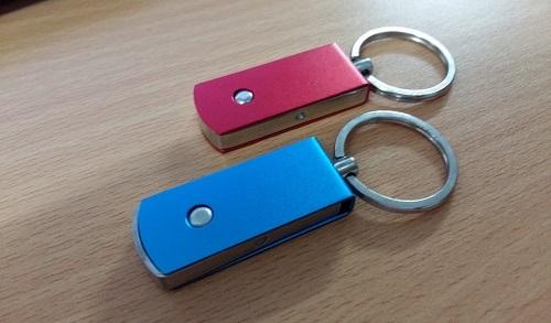 UKV-008-USB-Kim-Loai-3-1433498834.jpg