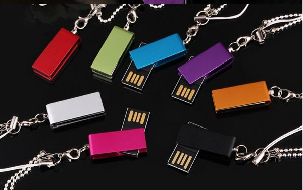 UKV-013-USB-Mini-In-khac-logo-4-1463190684.jpg