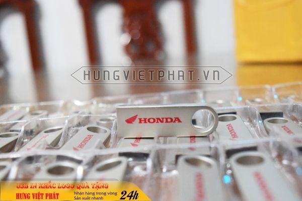 UKV-106-usb-mini-kim-loai-in-khac-logo-doanh-nghiep-lam-qua-tang3-1470650520.jpg