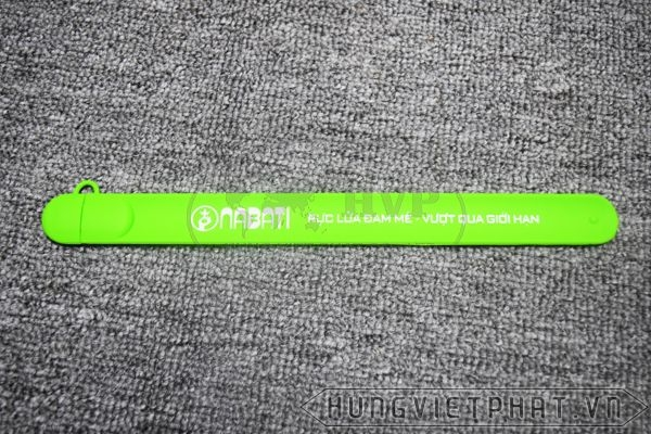 UVV---USB-vong-deo-tay-3-1493263256.jpg
