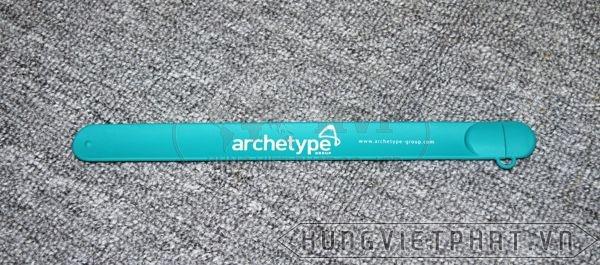 UVV-005---USB-vong-deo-tay-in-logo-archetype-3-1497494482.jpg