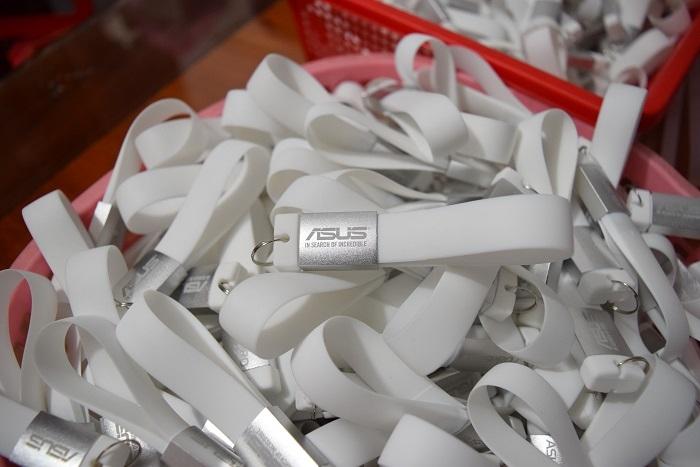 UVV-009-USB-moc-khoa-3-1544802596.JPG