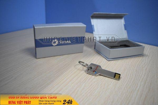 UCV-001-usb-chia-khoa-qua-tang-in-khac-logo-doanh-nghiep2-1470647417.jpg