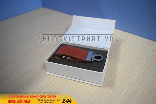 UDV-001-usb-vo-da-qua-tang-in-khac-logo-doanh-nghiep1-1470647504.jpg