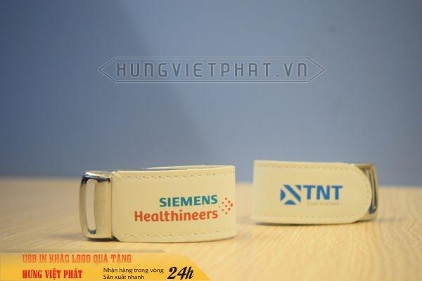 UDV-011-in-dap-khac-logo-doanh-nghiep-lam-qua-tang-su-kien--7-1474519521.jpg