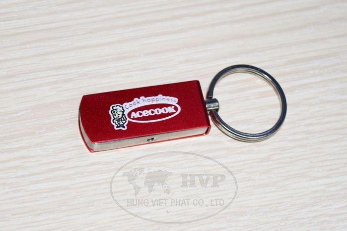 UKV-008-Qua-tang-usb-in-logo-cty-tang-khach-hang-1-1529124641.jpg