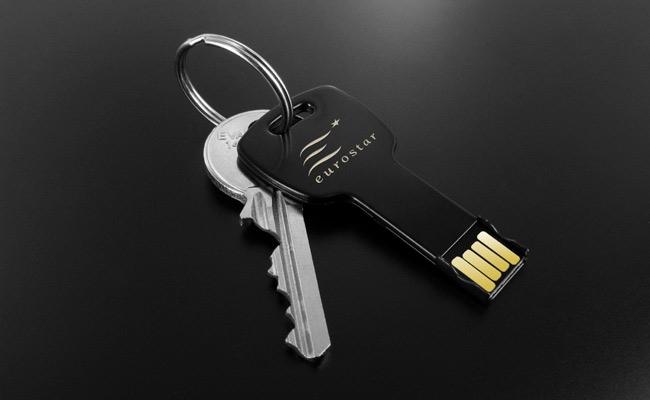USB-chia-khoa-kim-loai-USE003-2-1408434904.jpg