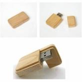 UGV 014 - USB Gỗ Nắp Đậy