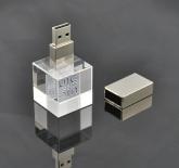 UPL 009 - USB Pha Lê